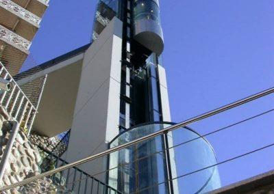 Ascensor panoràmic instal·lat a Puigcerdà