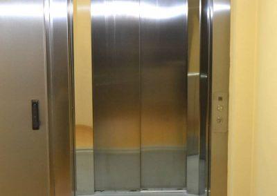 Instal·lació d'ascensor adaptat
