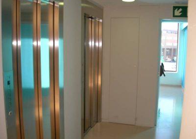 Instal·lació de dos ascensors a Igualada