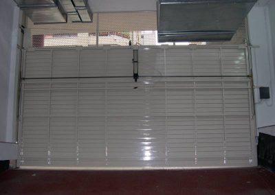 Instal·lació de porta basculant a Tarragona