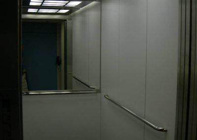 Vista interna ascensor 2 fundació privada Auria